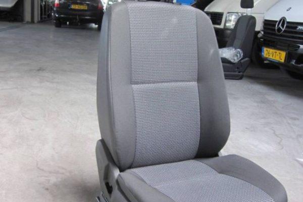 MB Sprinter vanaf 2007 bestuurdersstoel (1)