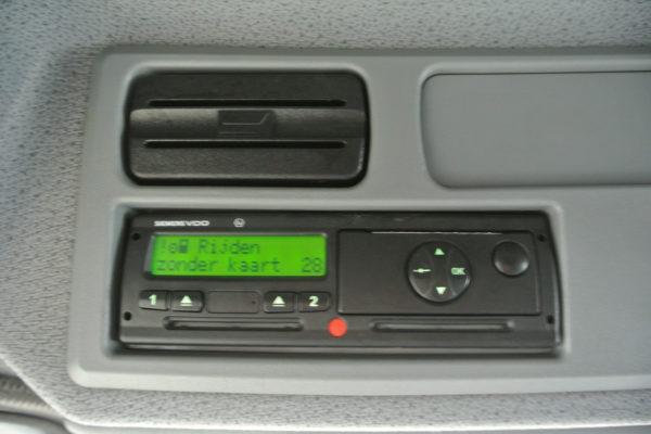 Mercedes-Benz-vrachtwagen-4
